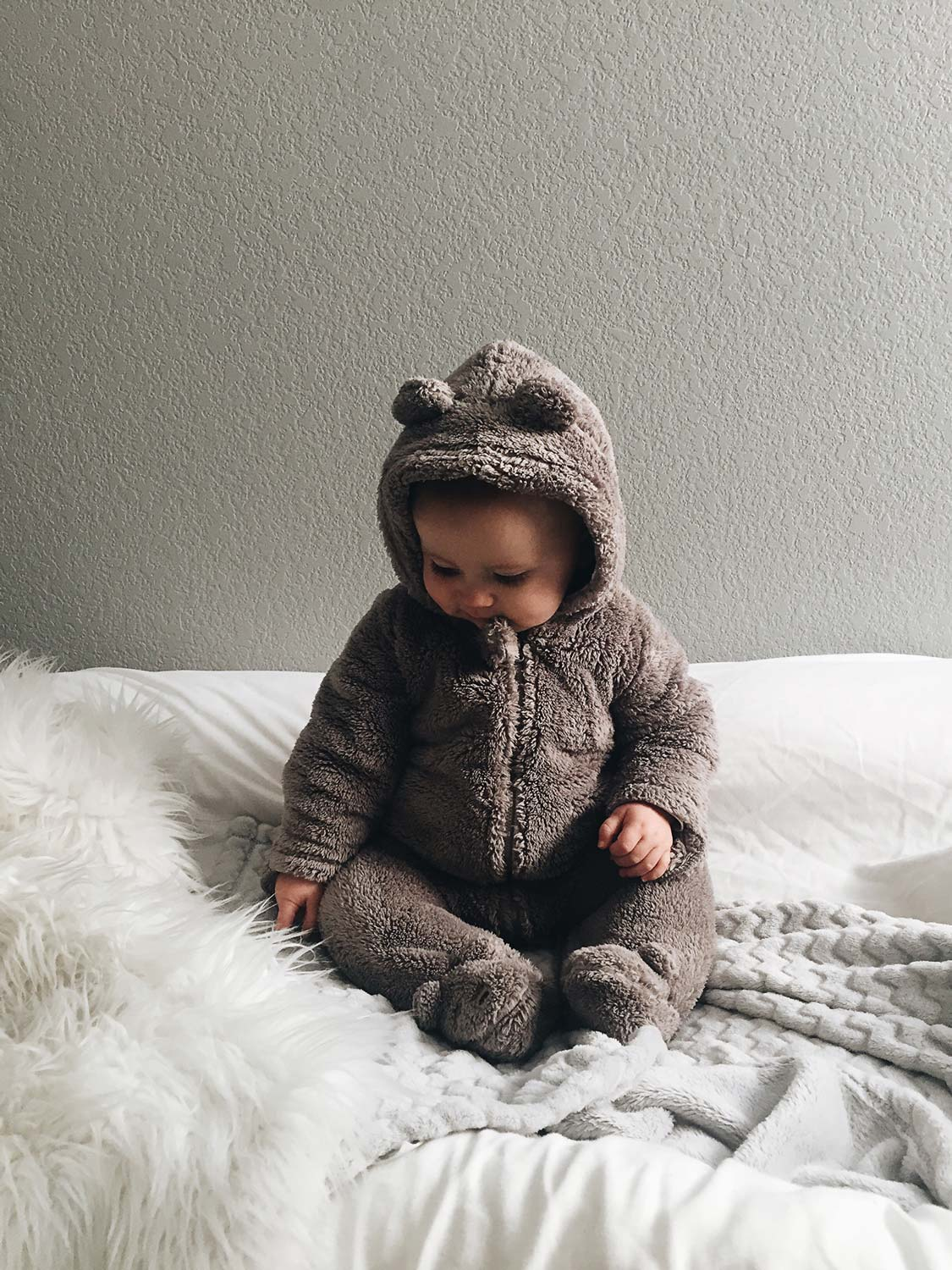 7 Types of Baby Clothes Every New Mom Should Own